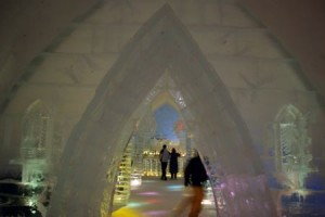 Ice bar at Canada's Hôtel de Glace..